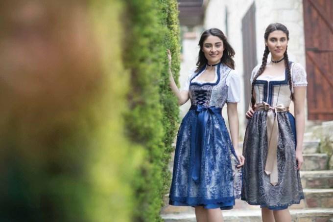 Festtagsdirndl midi in Blau/Silber, Bergweiss Trachten