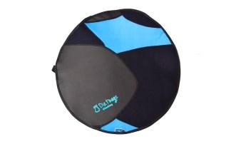 Circular neoprene mat, black and blue