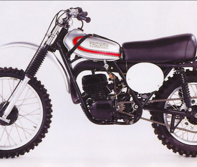 Survival Of The Fittest The Yamaha Yz250 2 Stroke Story
