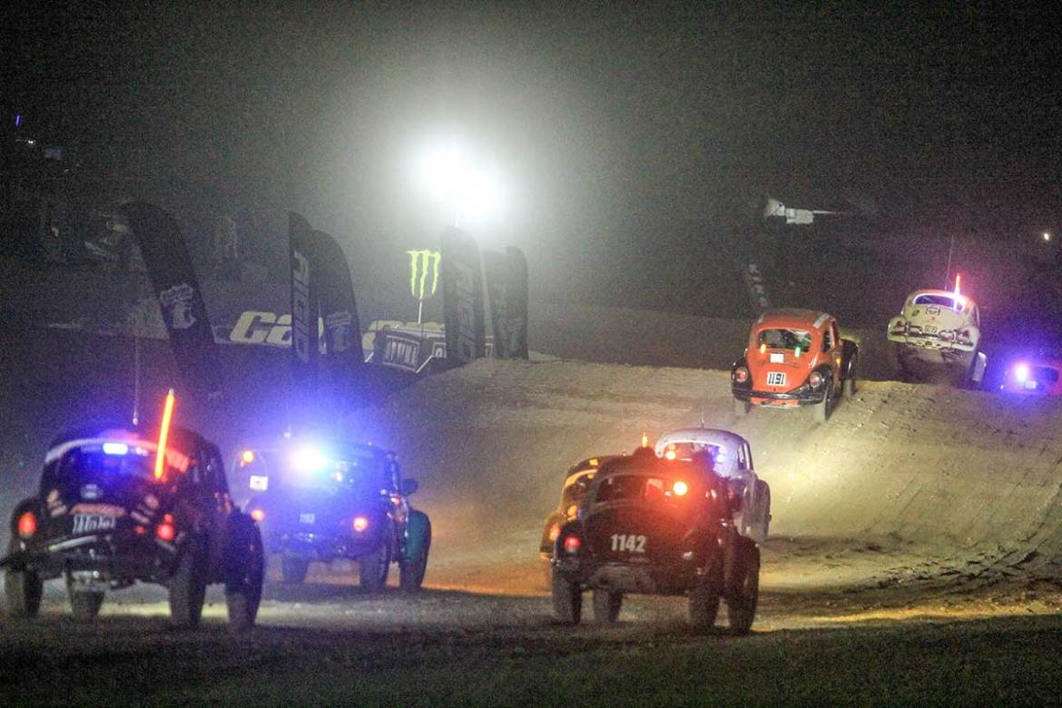 Class 11 Bugs Battle at King of the Hammers