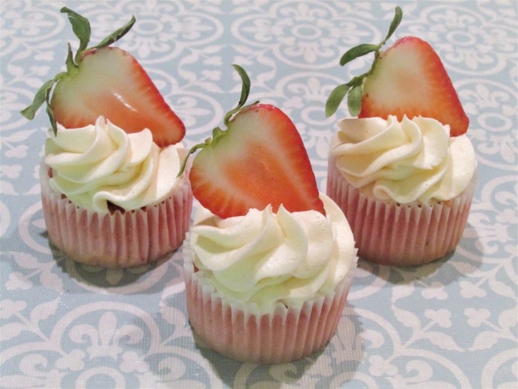 Cupcakes, Strawberries, Strawberry Cupcakes, Delicious, Cupcake Recipe, Best Cupcakes