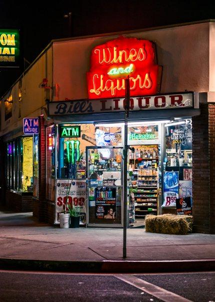 bills liquors and market