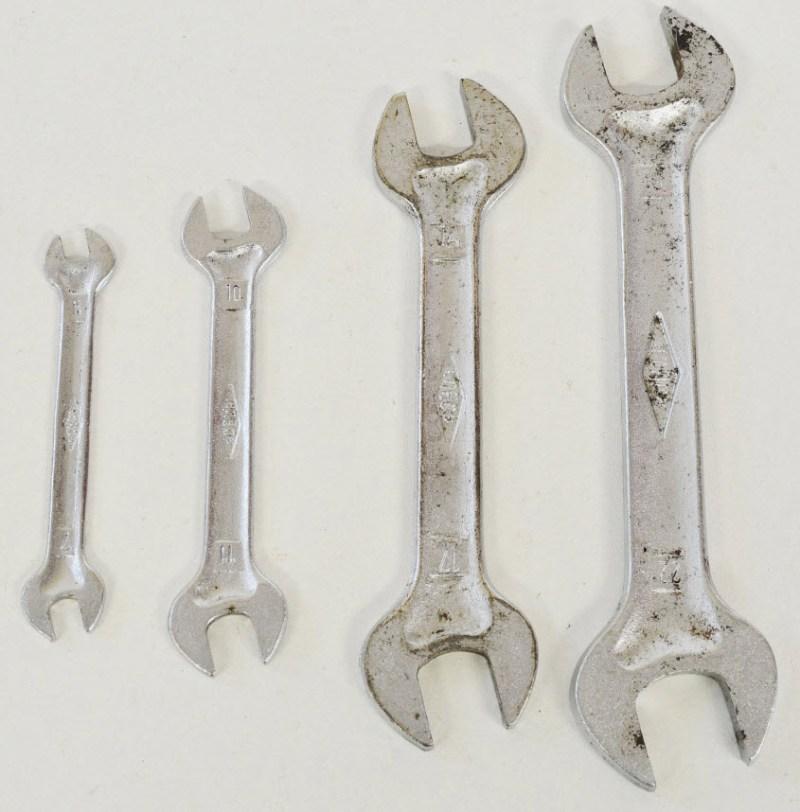 lamborghini-espada-wrenches