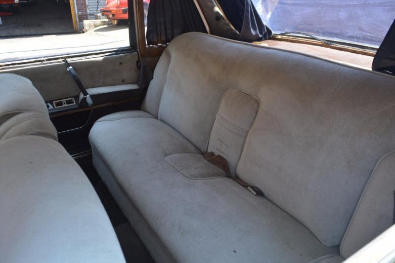mercedes-600-sedan-9