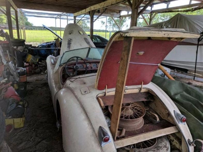 dirtyoldcars.com   1953 Jaguar XK120 Roadster Found in New York   7
