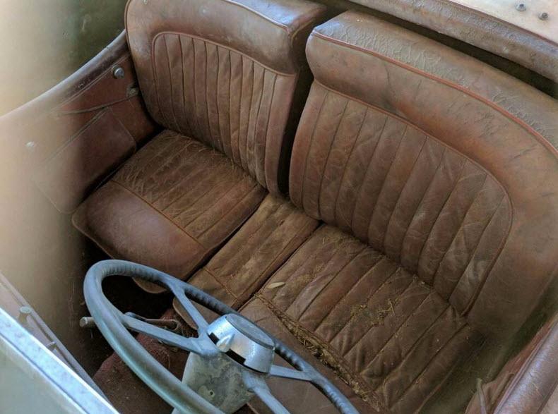 dirtyoldcars.com   1953 Jaguar XK120 Roadster Found in New York   3