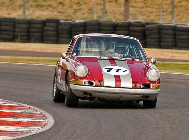 dirtyoldcars.com  1967 Porsche 911 Vintage Racer Found in San Fernando Valley   3