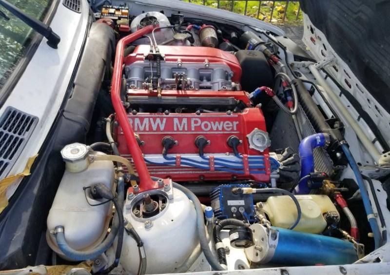 dirtyoldcars.com   1990 BMW E30 M3 2.5L      salvage    3