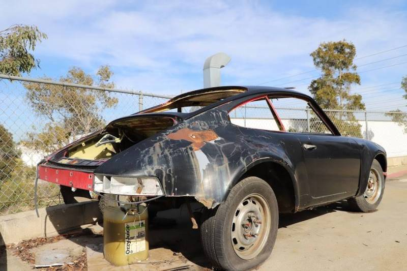 dirtyoldcars.com  1973 Porsche 911 T  RSR chassis California  2