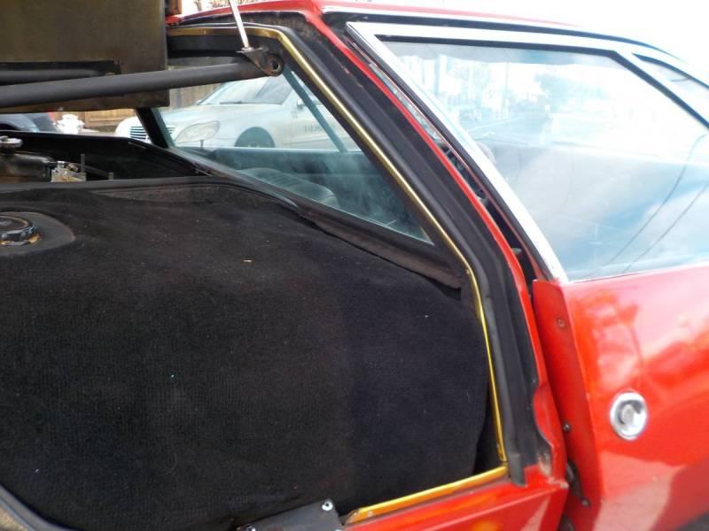 dirtyoldcars.com  1970 detomaso mangusta  new york 249k    20