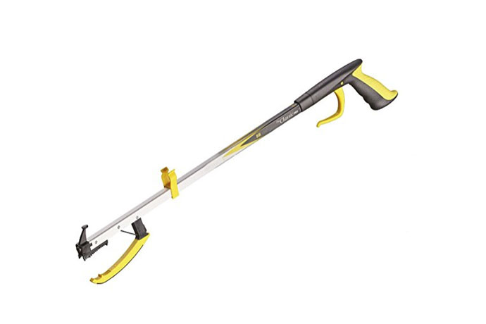 "The Helping Hand Company Classic Reacher, Length: 82cm (32"")"