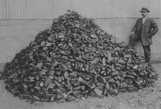 A pile of 2000 flat irons exchanged for new electric irons, ca. 1912. Image courtesy of the General Electric Collection at the Schenectady Museum & Suits-Beuche Planetarium.