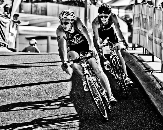 Alternate Processing - Hardcore Acros - James Seear & Josh Amberger - 2010 Mooloolaba Men's ITU World Cup Triathlon, Sunshine Coast, Queensland, Australia; 27 March 2010. Photos by Des Thureson.