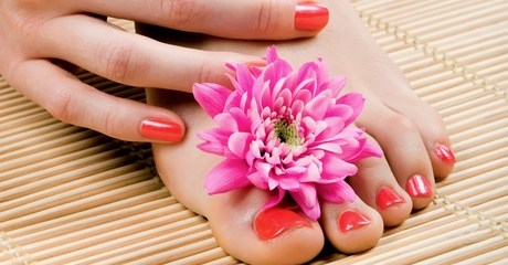Colour Manicure and Pedicure