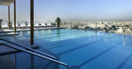 Dubai: 1- or 2-Night 5* Stay with Laguna Tickets