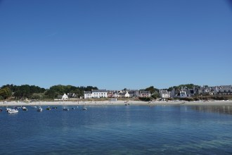 Locmaria Beach, seen from the jetty, on the island of Groix
