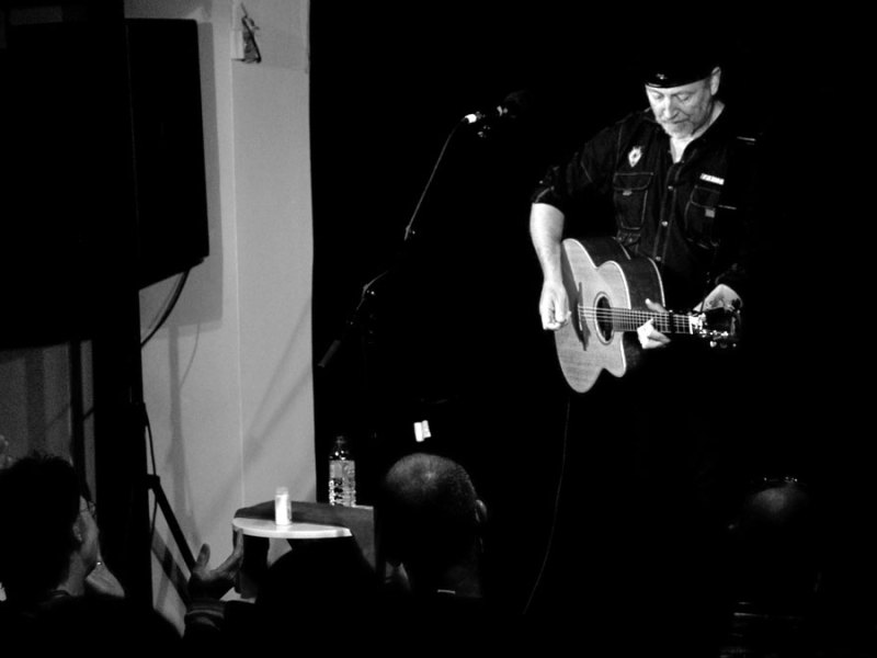 Music | Watch Richard Thompson perform 'The Money Shuffle'