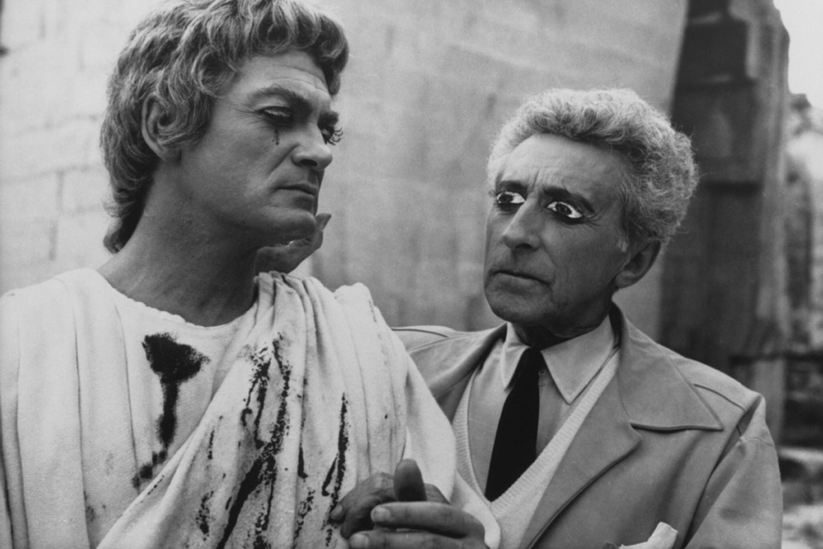Jean-cocteau-On-Set-With-Jean-Marais-Testament-Orphee