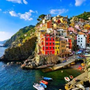 Excursion Highlight :: Cinque Terre, Italy