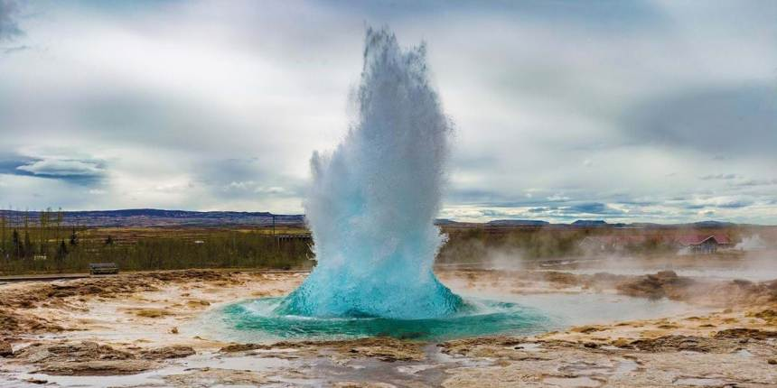 ICELAND – Premium Guided Tour with Insight Vacations