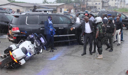 Scene of the attack on the convoy of the Rivers State Governor, Nyesom Ezenwo Wike by soldiers and SARS Personnel attached to the Minister of Transportation, Mr Chibuike Rotimi Amaechi on Saturday at Wanja junction on the Trans-Amadi road in Port Harcourt/ credit/Vanguard