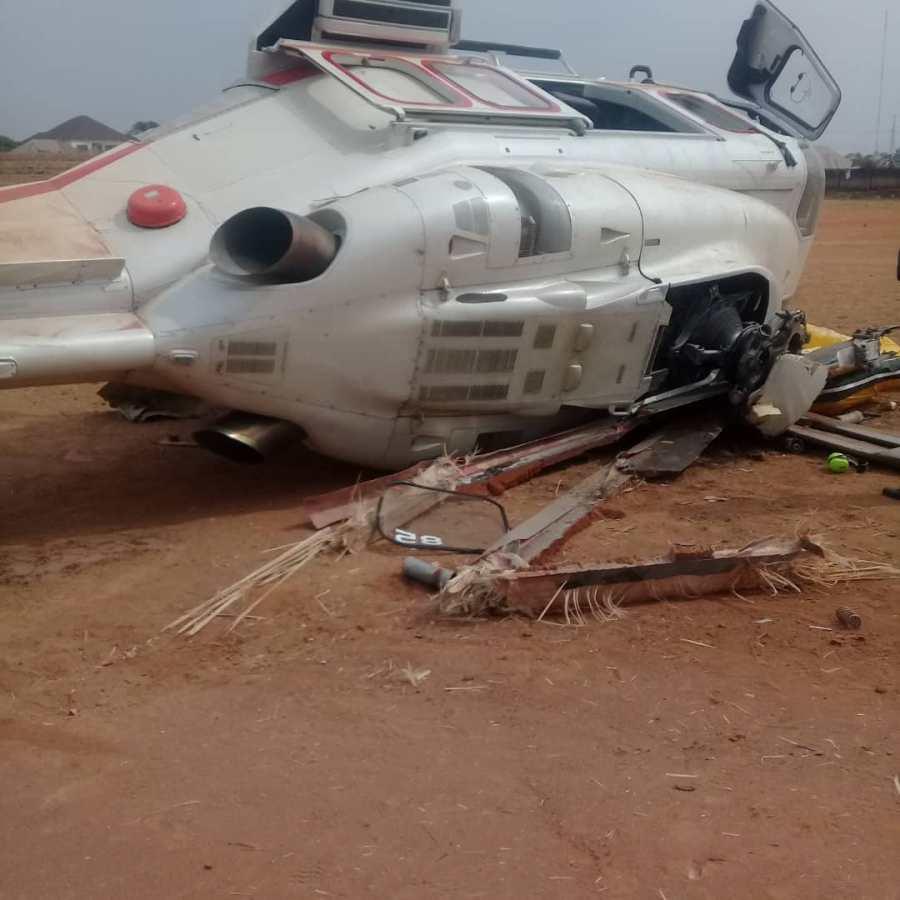Aircraft carrying Osinbajo crashes