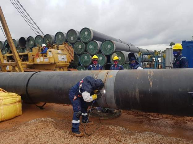 Buhari launches initiative to lay gas pipeline from South to North of Nigeria