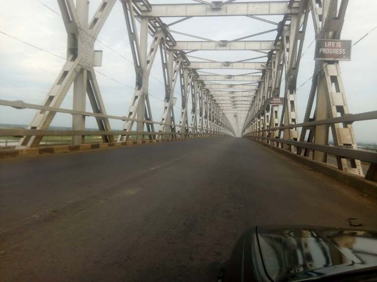 Ever busy Onitsha headbridge was empty following sit-at-home order