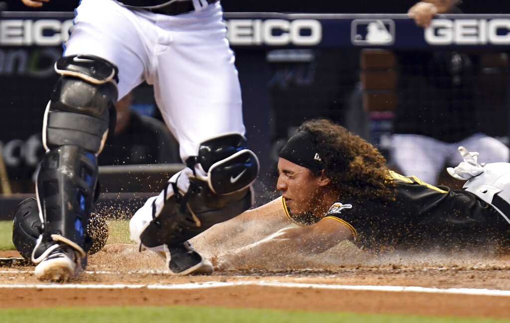 Díaz homer in 10th lifts Marlins 6-5, denies Pirates sweep