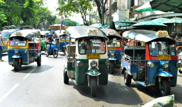 Things to do in Thailand - Ride a Tuk Tuk photo by Hdamm via GNU