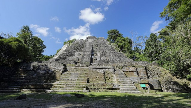Mayan History- Lamanai High Temple
