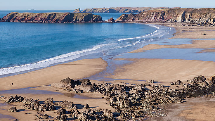 wales best beaches - marloes sands