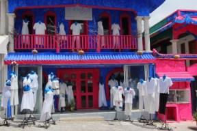 a custom design clothing shop