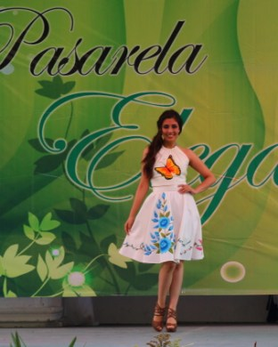a fashion show on the main stage in centro