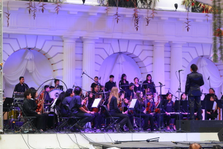 A trational orchestra on the main stage closing out the festival on the 27th of April