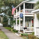 Bell-Clemmons House Bed and Breakfast