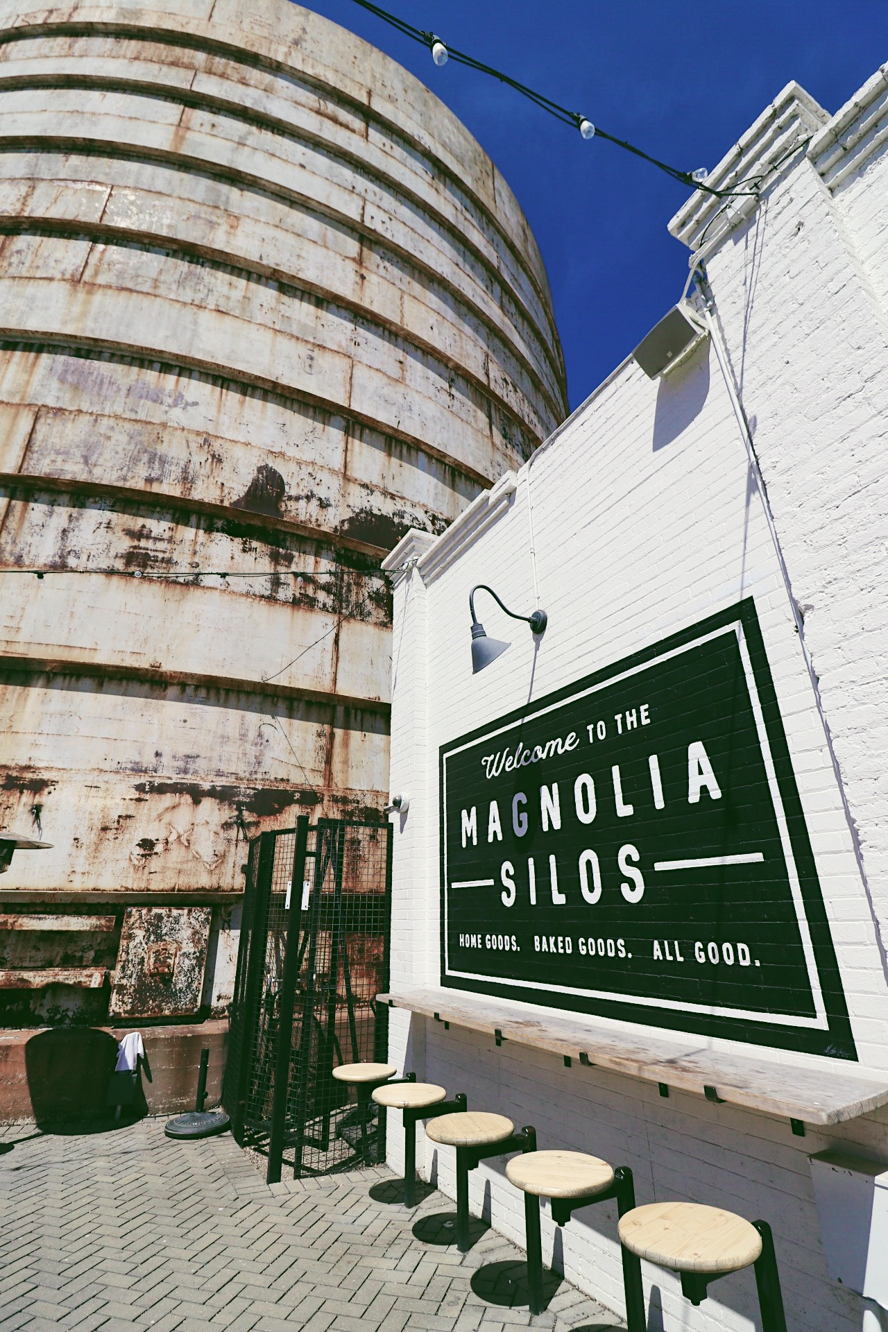 Magnolia A Day Trip To The Silos And Magnolia Table Discovering Atx