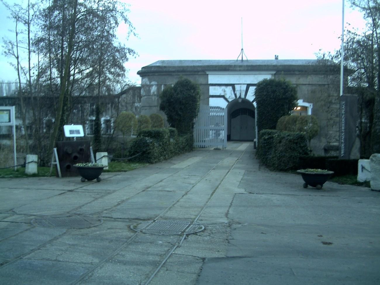Fort  Liezele