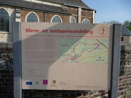 Mene and Jordaan walk