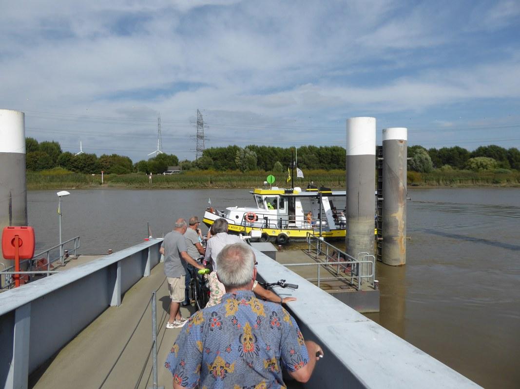 Schelde-Ferry-2