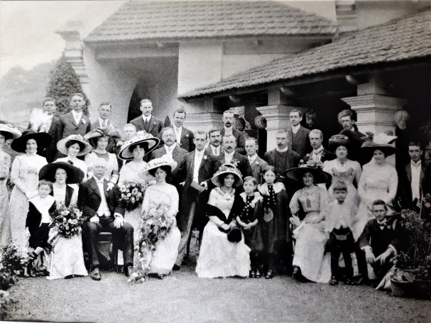 Family History Calcutta wedding c1911. Discovering Heritage website
