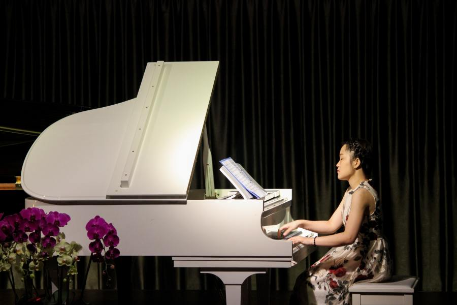Playing piano: The importance of music and playing piano