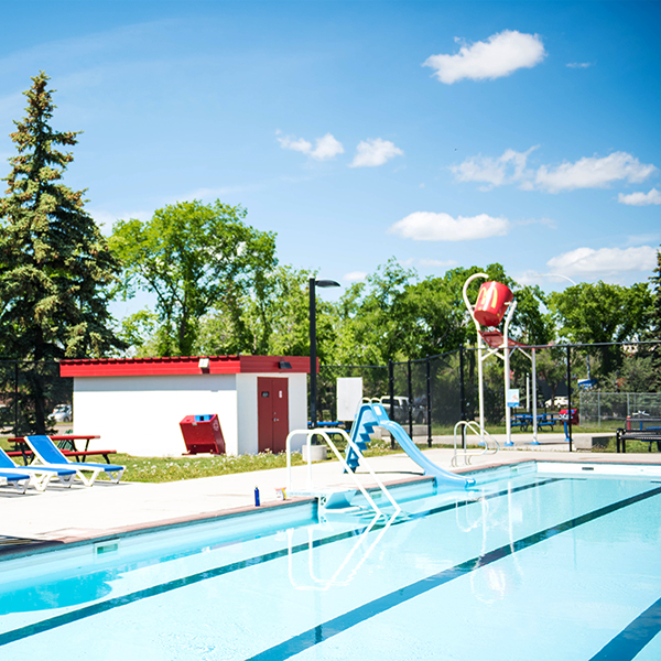Outdoor Pools + Spray Parks in the Leduc Region