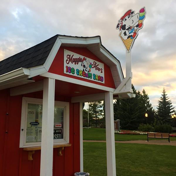 Maggie Moo's Ice Cream Barn - Calmar, AB