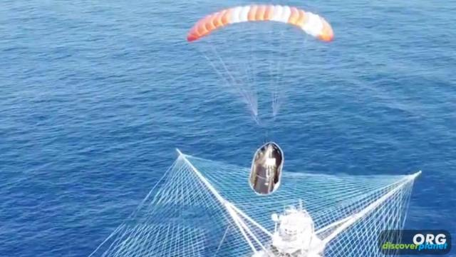 SpaceX simply fishing fairings out of the ocean after they splash down