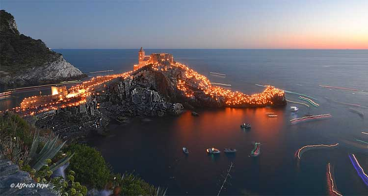 The lights on occasion of the White Madonna Festival, Portovenere