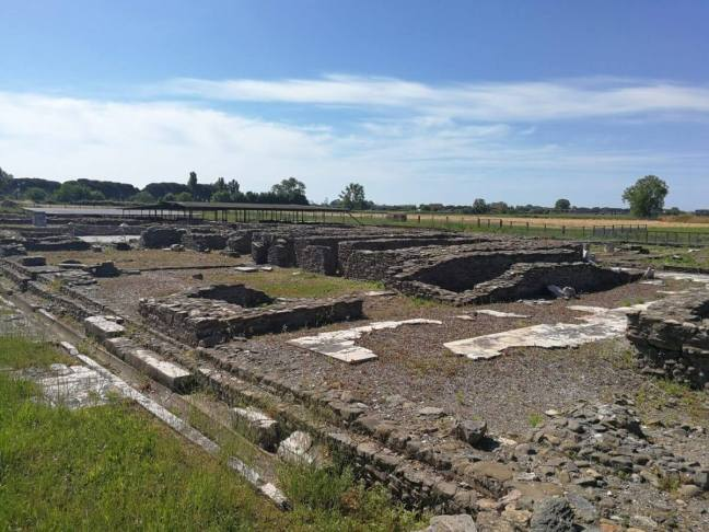 Remains of Luni's Roman town square