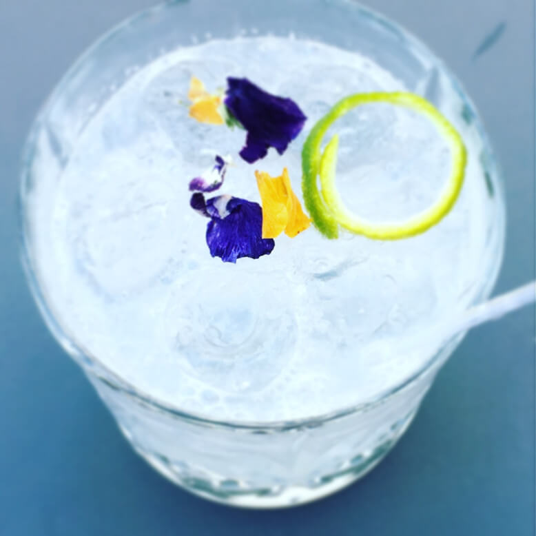 flower cocktail portovenere