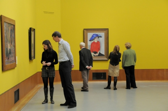 19_Museum_visitors_photo_Kees_Spruijt