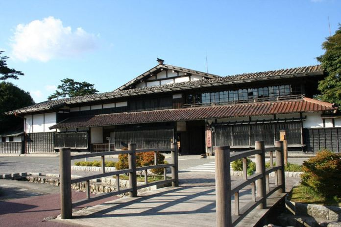 Watanabe residence was the mansion of wealthy merchants and farmers